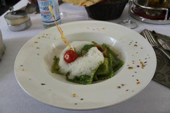 Bistro 7: Ravioli mit Pesto und Krebsfüllung