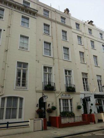 Baño de habitación para uno - Picture of St George Hotel, London - TripAdvisor