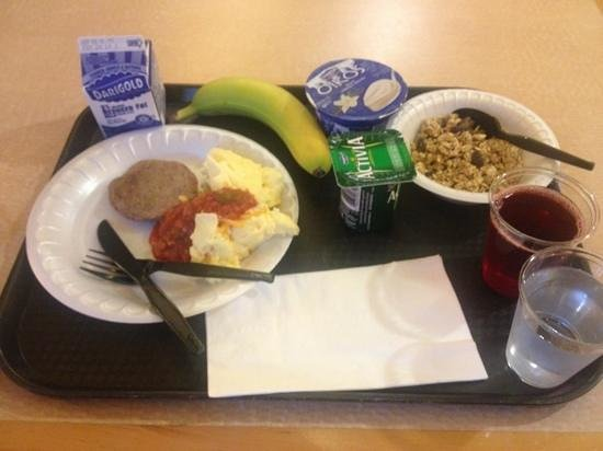 SpringHill Suites Medford: Included breakfast is quite decent.