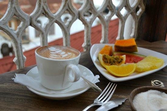 Zanzibar Coffee House: Frühstück auf der Dachterasse
