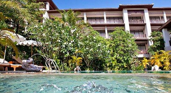 Le Murraya: piscina y hotel