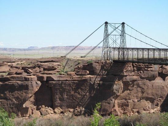 Cameron Trading Post Grand Canyon Hotel: Old Bridge over Colorado River