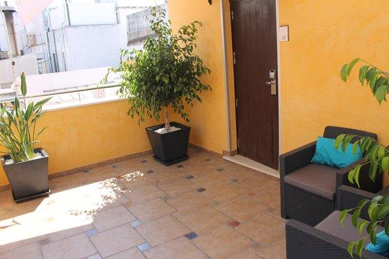 Alminar Hotel: Patio