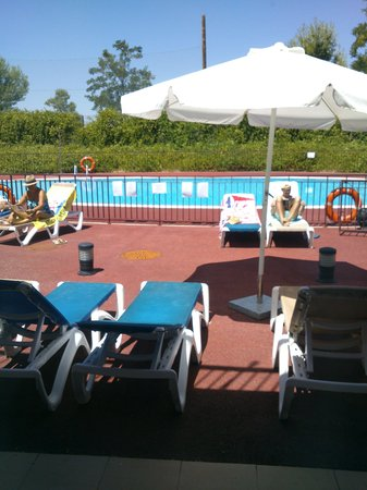 Hotel Layos Golf: PISCINA