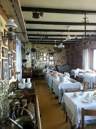 Doma Hotel: salle du petit dejeuner