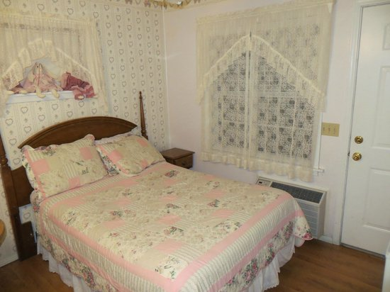 Canyon Country Inn Bed & Breakfast: Sweet room