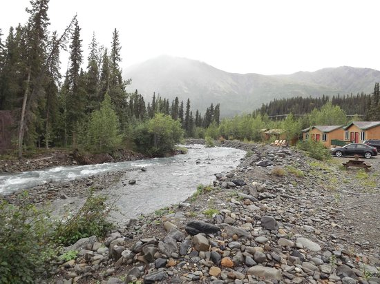 McKinley Creekside Cabins: Mckinley Creek