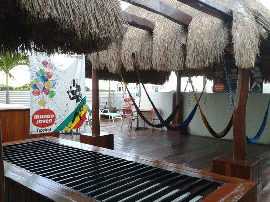 Hostel Mundo Joven Cancun : Terraza