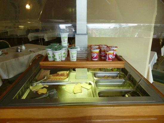 Bara Junior Hotel : śniadanie