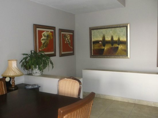 JeanJean Guesthouse & Conference Centre: Art work !
