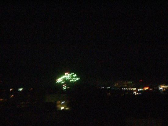 Shore Crest Vacation Villas : Nightly Fireworks at Barefoot Landing as Seen From Room