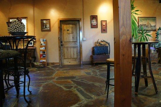 Barrel Springs Winery: very new looking