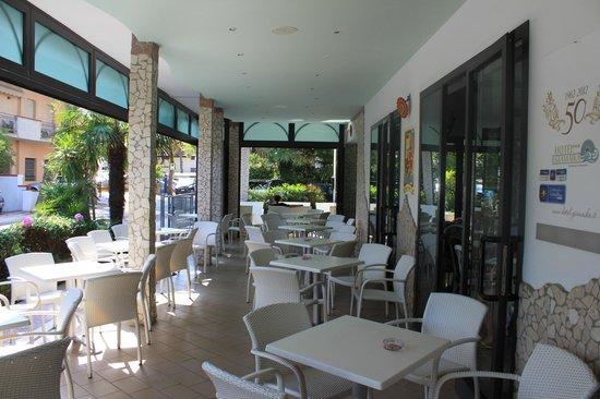 Hotel Giamaika : Die neugestaltete Terrasse