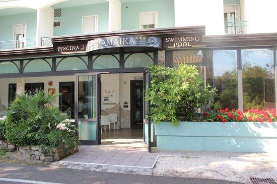Hotel Giamaika: Aussenansicht