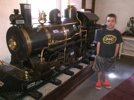 Auburn Heights Preserve: Big Boy Trains!!