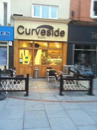 Curveside Bistro