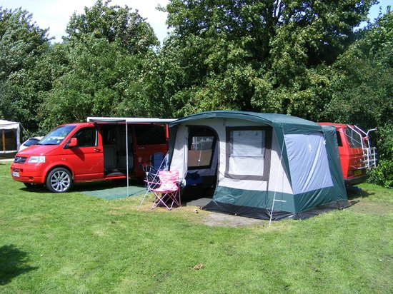 Hendre Mynach Caravan Park: My VW Camper and converted T25 trailer