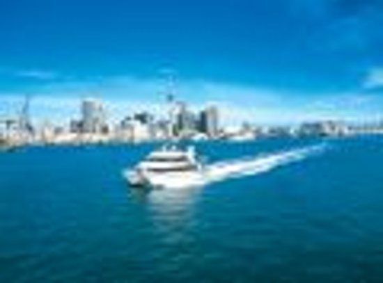 Quest Newmarket Serviced Apartments: Explore the harbour and its islands by ferry