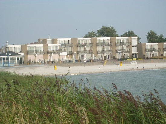 Beach hotel de Vigilante in Makkum Friesland