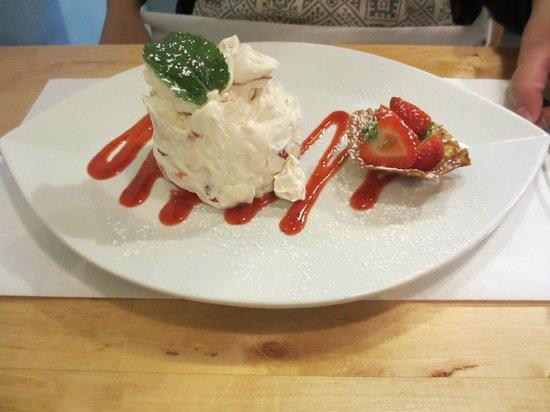 Margot's: Dessert - Eton Mess