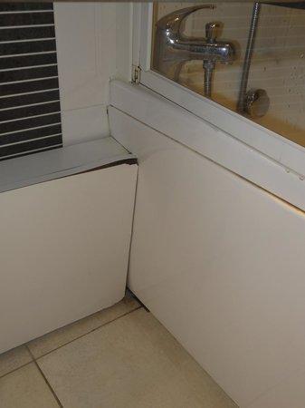 Mercure Cabourg Hippodrome: la salle de bain de ce 4*