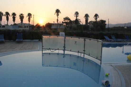 Miros Appartment Hotel: Sunrise