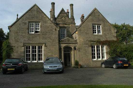 Photo of Highfield House Kirknewton