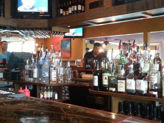 Kelly's Tavern: Bar 1