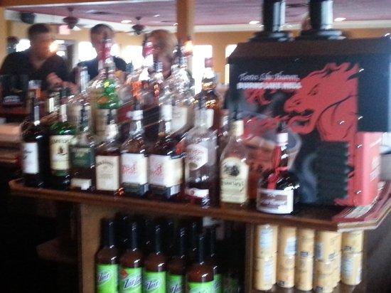 Kelly's Tavern: Bar 2