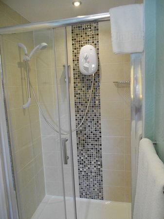 The Corona: large shower