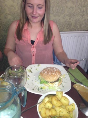 The Downshire Arms: massive burger!!