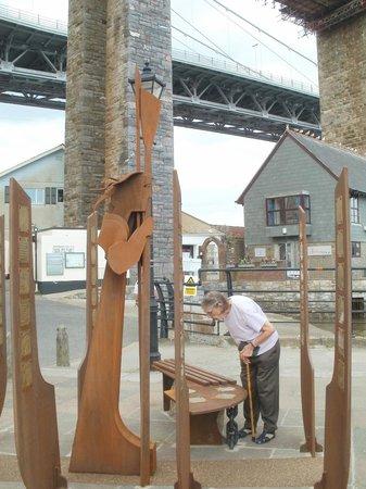 Ferryman Sculpture: Just by the slipway