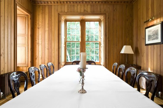 Assynt House: Dining Table seating 14