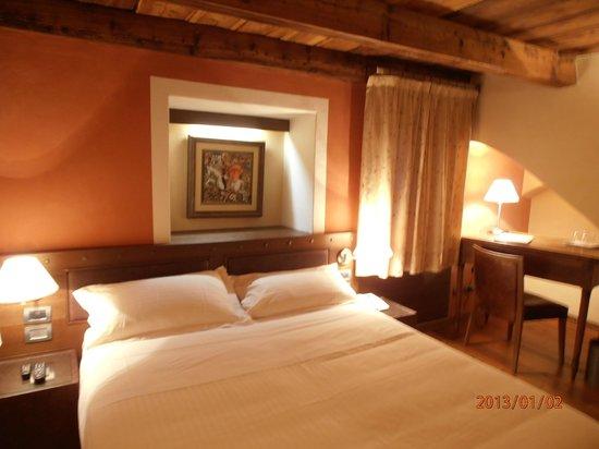 Hotel Ad Gallias : stanza