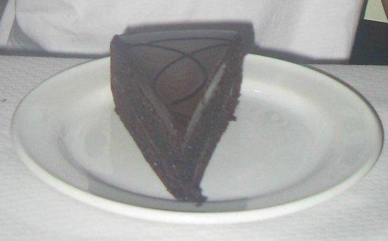 Il-Gzejjer Bar & Restaurant : Chocolate cake