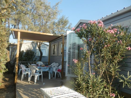 Camping Mar i Sol : terrasse mobil home