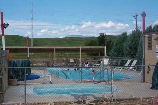 Colorado Springs KOA: Pool and Hot Tub Area
