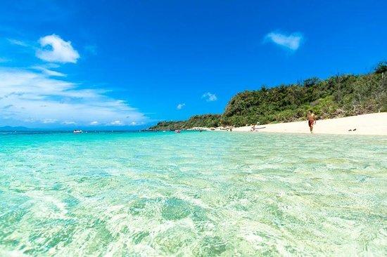 沖縄のマジで綺麗な伊計島の大泊ビーチ