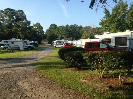 Photo of Lake Aire RV Park & Campground Hollywood