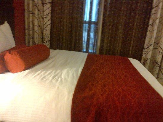 La Quinta Inn & Suites Clarksville: very comfortable, plush pillow top bed