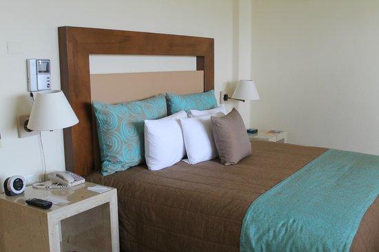 Camino Real Acapulco Diamante: Interior de una de las habitaciones