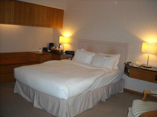 Metropolitan Hotel Vancouver: Deluxe Queen Guest Room