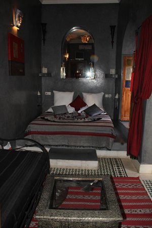 Riad Les Nuits de Marrakech: The gorgeous and romantic Zouina Suite