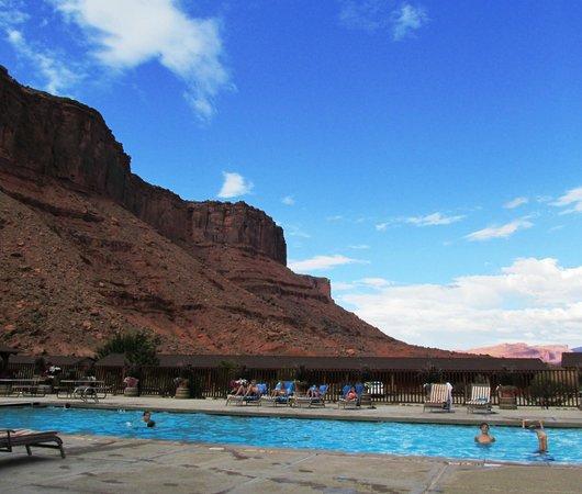 Red Cliffs Lodge : Pool