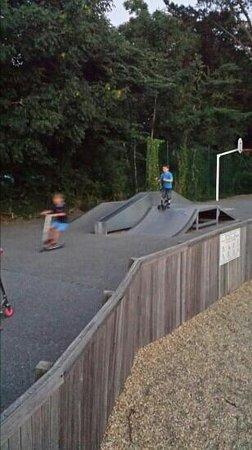 Camping Sandaya Les 2 Fontaines : skate park