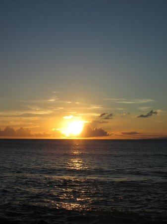 Hale Kai Oceanfront Condominiums: Sunset as seen from our lanai