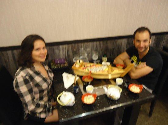 Sushi Yamato & Coreen: Dinner time at Yamato restaurant!