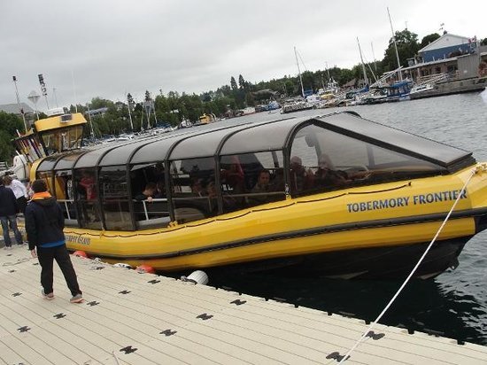 Bruce Anchor Cruises: Tobermory Frontier (front view)