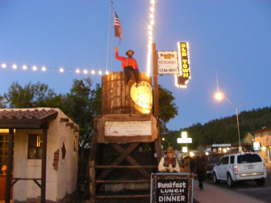 Drover's Inn: Wild West Junction
