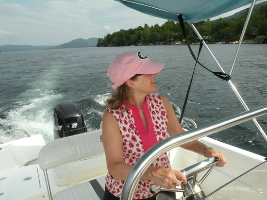 Chic's Marina Boat Rentals: Out on Lake George